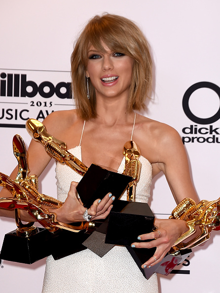 Taylor Swift Net Worth How Much Is Taylor Swift Net Worth After Slamming Eight Billboard Music Awards News Food World News