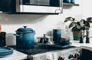 Is ceramic cookware better than nonstick?