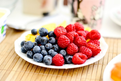 5 Helpful Foods to Improve and Manage Mood and Emotions