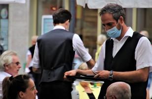 How Restaurants Worldwide are Adapting to Coronavirus Safety Concerns