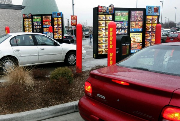 Restaurant Chains Focuses On Drive-Thru Services As A Post-Pandemic Strategy