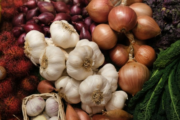 6 Foods to Lessen Your COVID-19 Risk