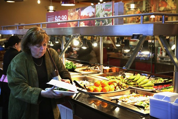 The Psychology Trick Eat-All-You-Can Restaurants Use to Earn Money