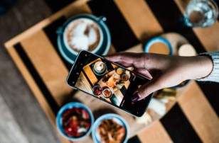 Food Photography 101: 5 Easy Tricks to Take Stunning Food Photos on Your Phone