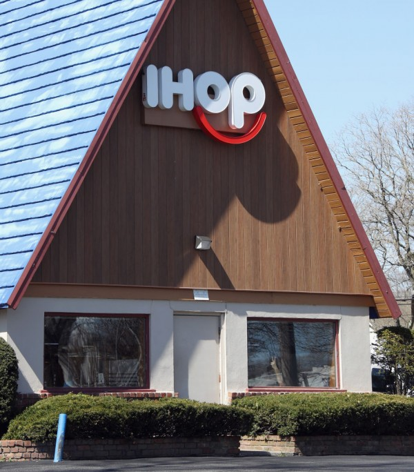 Make Way For The New IHOP Burritos And Bowls