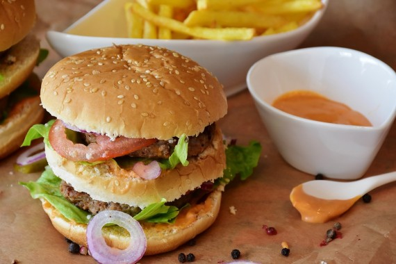 Six in 10 food adverts during family TV shows push junk food