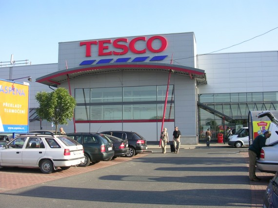 Tesco Is Removing 'Best Before' Stickers in a Dramatic Effort to Reduce Food Waste