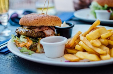 10 Facts about Fast Food Consumption Among College Students