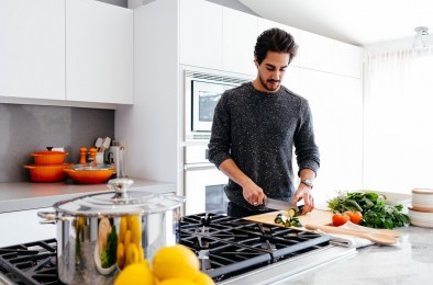 Most Americans Experiencing 'Cooking Fatigue' During COVID-19 Pandemic, Study Claims