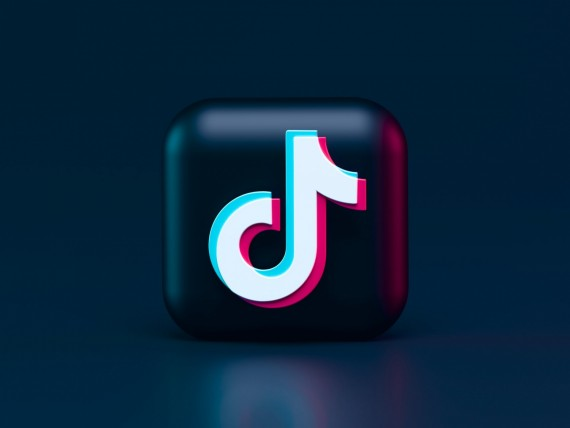 TikTok User Obsessing About Swig And Here Is Why