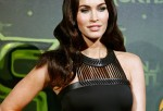 Megan Fox diet is usually a smoothie or an egg white omelet with some avocado for her healthy fat sources in breakfast.